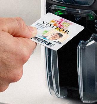 Consommables badges et cartes PVC